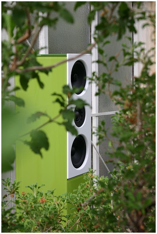Die Audio Physic Classic 10 fügte sich sowohl visuell als auch akustisch elegant ins Ambiente ein