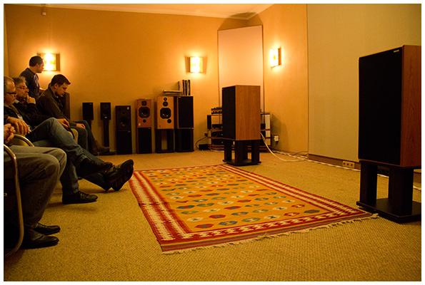 Konzentrierte innere Stille herrschte beim Hören per Naim und Harbeth 40.1