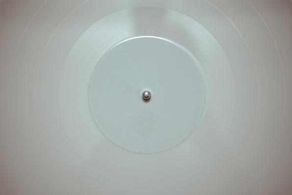 Klingt tendenziell schlechter als schwarz, gibt es aber auch: Colored Vinyl