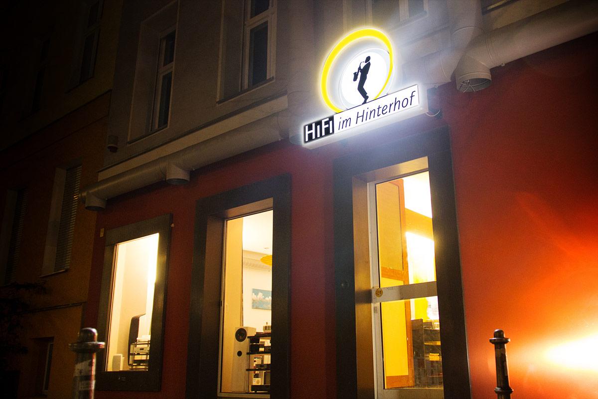 hifi-im-hinterhof-lange-nacht-der-ohren-2015