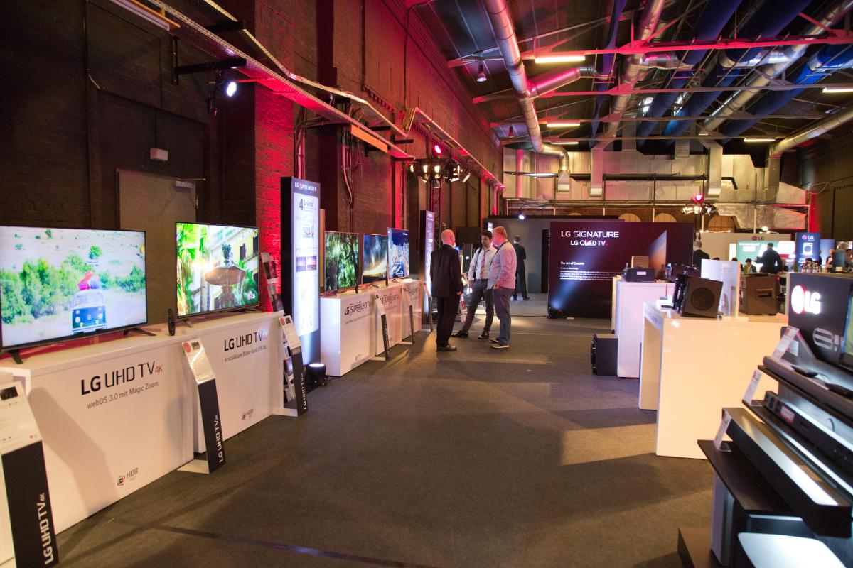 Ein Blick in die gesamte LG Ausstellung.