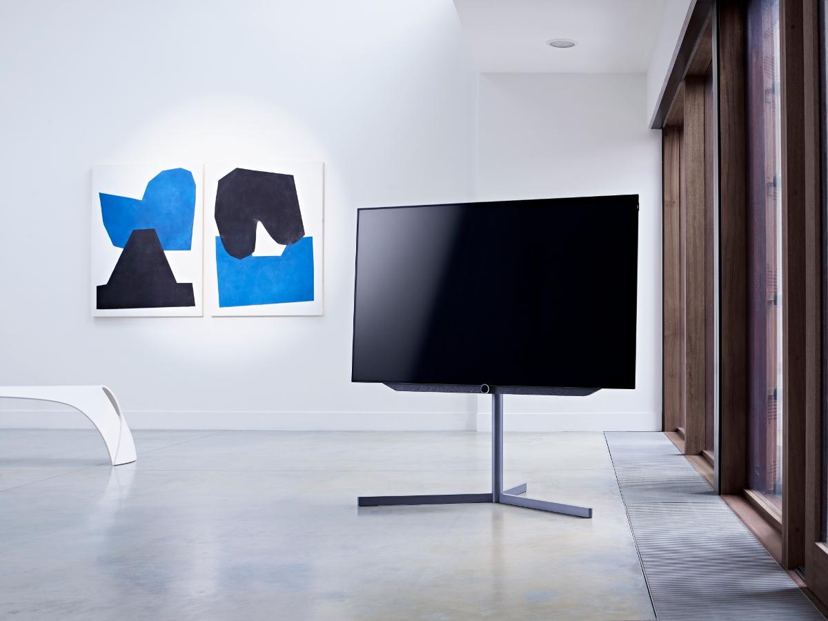 vorschau loewe bild 7 mit oled display hifi and friends. Black Bedroom Furniture Sets. Home Design Ideas