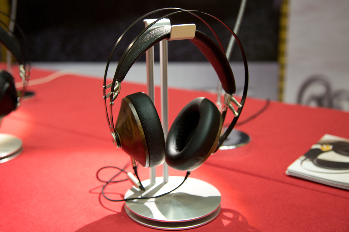 canjam-headphone-company-2