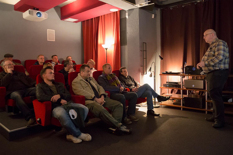 hifi-im-hinterhof-berlin-lange-nacht-der-ohren-2016-raphael-vogt-hdr-i