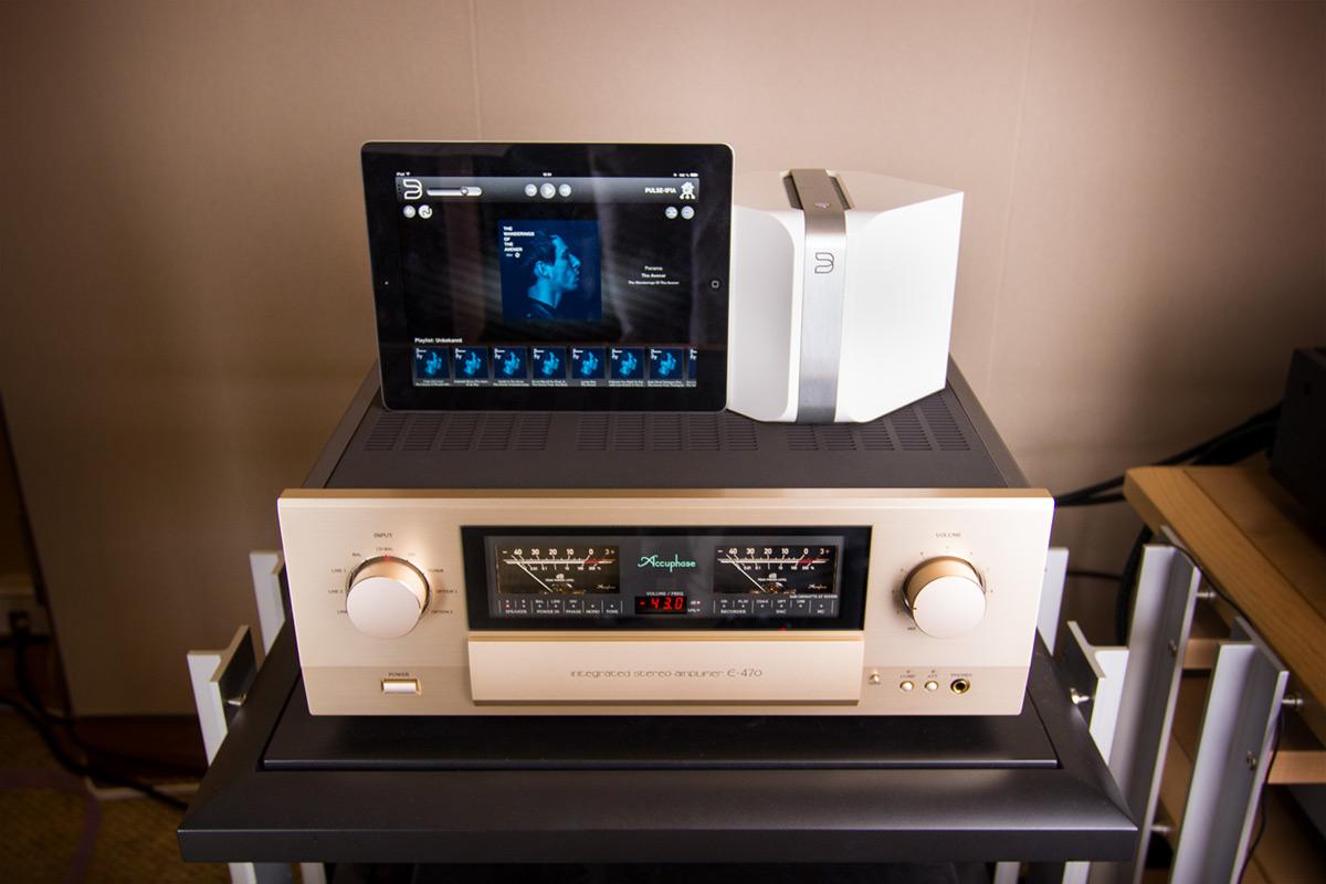 Streaming mit einer Zusammenstellung aus Geräten von Accuphase, Bluesound und einem iPad