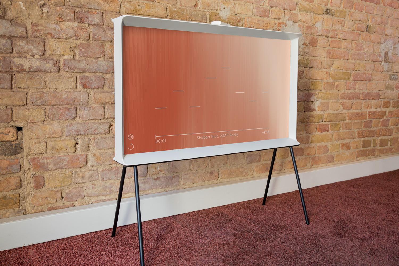 Samsungs Design-Fernseher Serif TV | HiFi and Friends