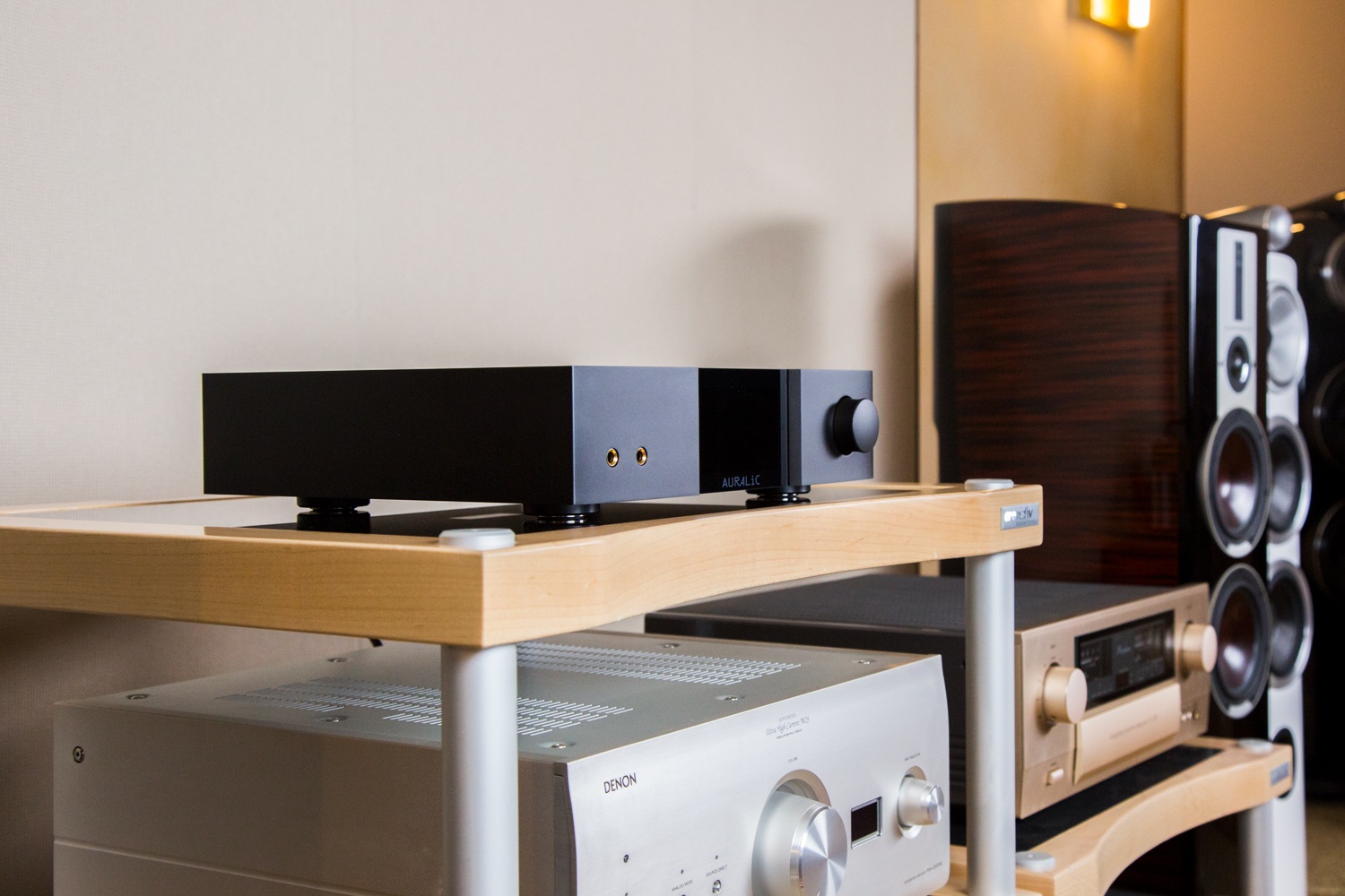 High End Streaming DAC im edlen Gewand: Der Auralic Vega G2