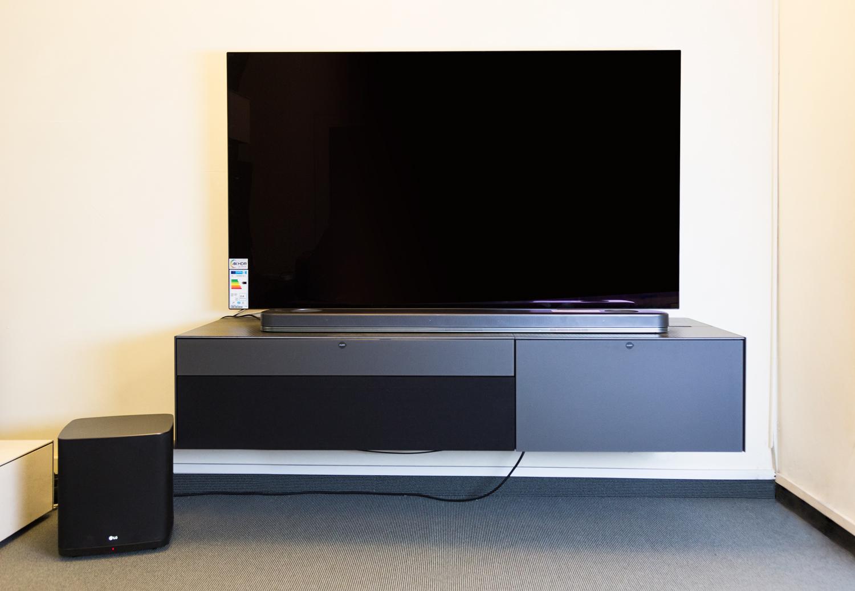 sj9 die dolby atmos soundbar von lg hifi and friends. Black Bedroom Furniture Sets. Home Design Ideas