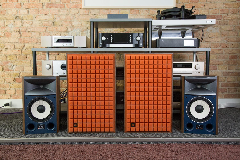Für Mutige: Die orangefarbene Bespannung für die L100 Classic