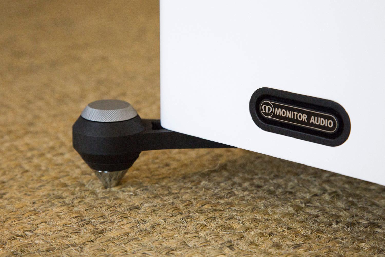 Sicherer Stand für die Monitor Audio Gold 200 und die Monitor Audio Gold 300