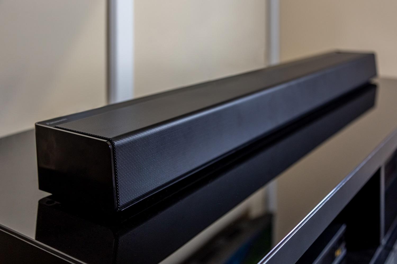 Die Panasonic SC-HTB900 Soundbar in ihrer Gänze