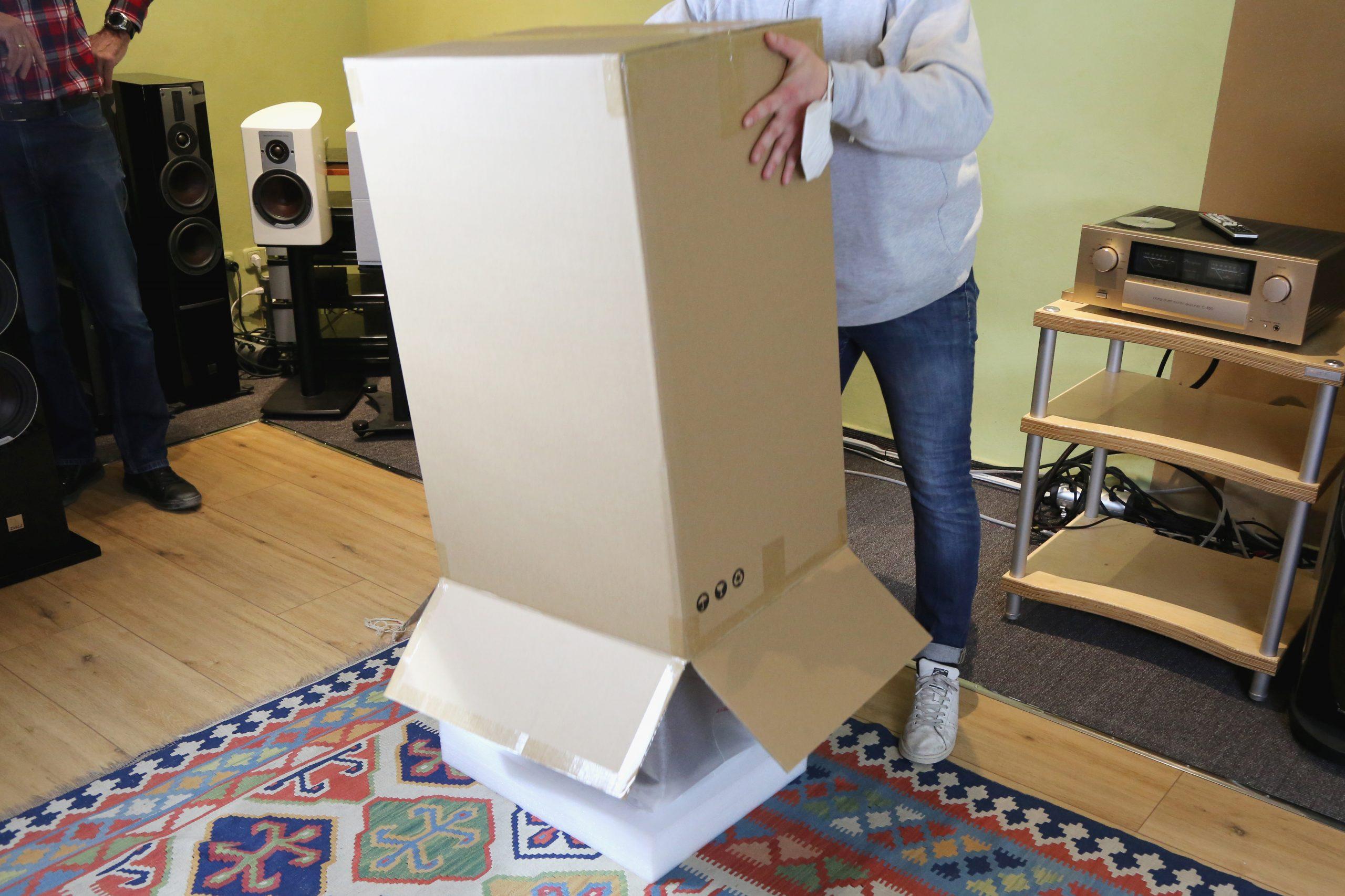 Auspacken der neuen JBL 4349 Lautsprecher